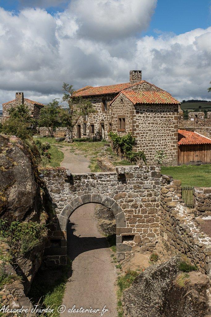L'entrée du Château-fort de Polignac